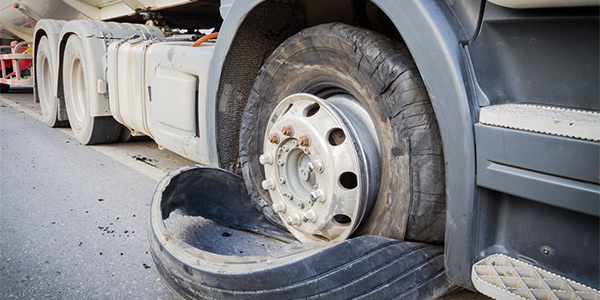 Semi Truck Tires Near Me >> Des Moines Semi Truck Tire Repair Balancing Replacement